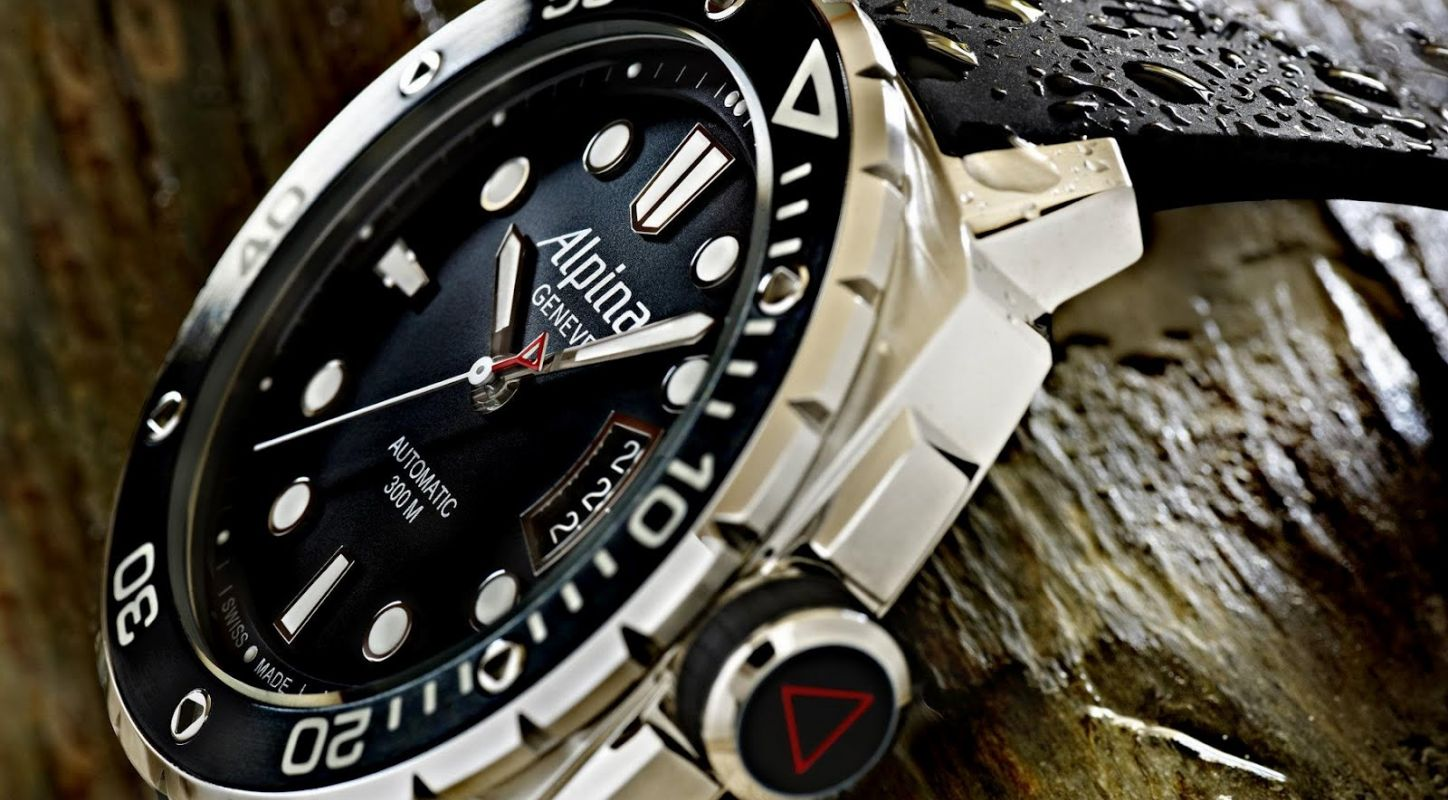 The Mens Replica Alpina Extreme Diver 300M Automatic Watch For Sale